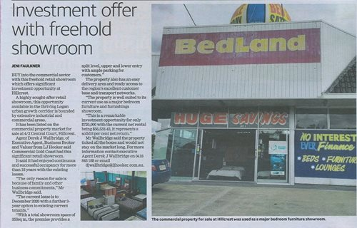 Investment offer with freehold showroom